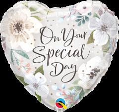 Standard Special Day White Floral folijski balon
